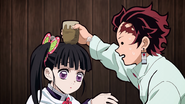 Tanjiro beating Kanao in the cup game