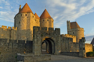 Historic-fortified-city-carcassonne-7