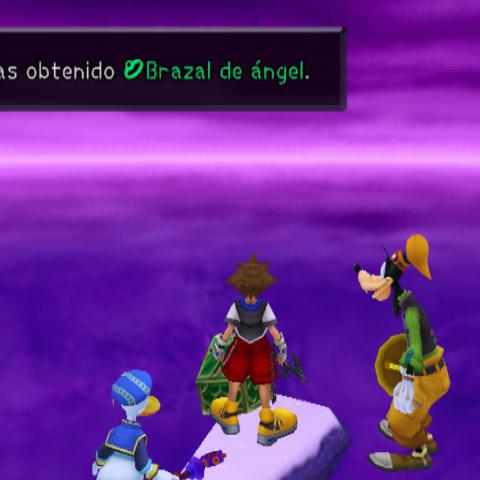 Sora obteniendo el Brazal de Ángel de un cofre del Fin del Mundo.
