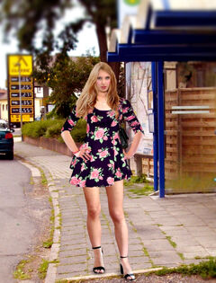IMGP0361 Sandra Ws (User Pain88) im Floral Skater Dress