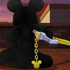 Rey Mickey en Villa Crepúsculo al encontrarse con los recién despiertos <a href=