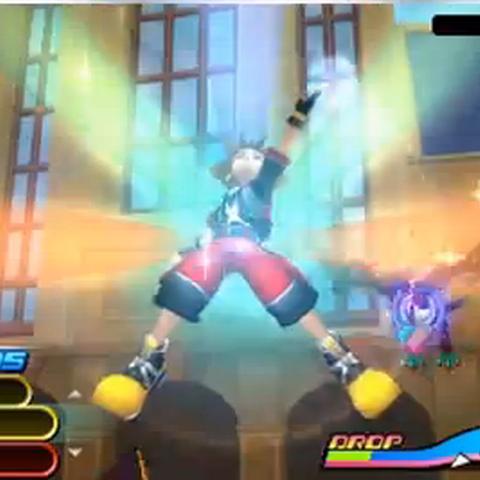 Sora recuperando salud tras usar Cuartelillo en <i>Kingdom Hearts 3D: Dream Drop Distance.</i>