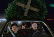 Episode 1x11 - Arthur Doug Carrie tree shopping