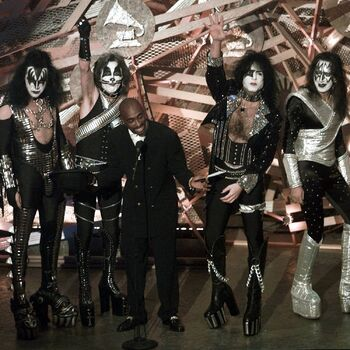 KISS makeup Grammys