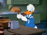 Donald Duck avec Tic et Tac Le petit déjeuner est servi
