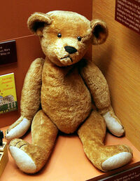 Teddy bear early 1900s - Smithsonian Museum of Natural History