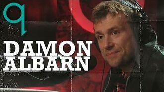 Damon Albarn Slams 'Glee' on Q TV-0