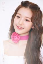 IZONE Jang Won Young COLORIZ promo photo 2