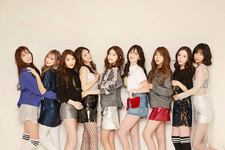 We Girls Pre-Debut Profile group photo (1)