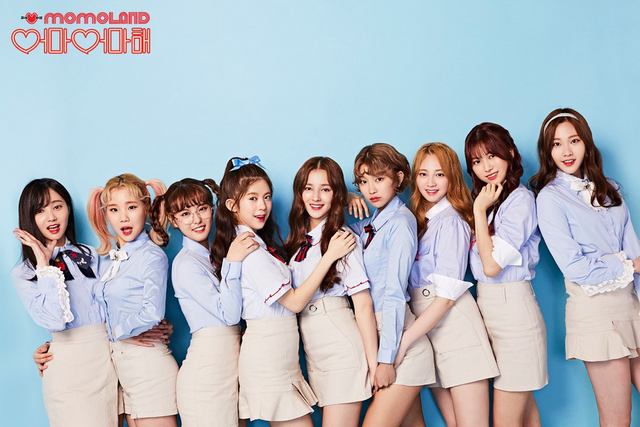File:Momoland Wonderful Love teaser photo 1.png