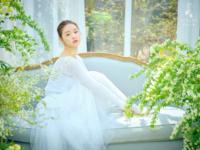 OH MY GIRL YooA The Fifth Season concept photo (2)