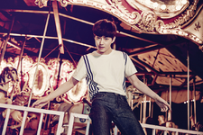 Love Me Right Suho photo