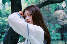 Dreamcatcher Siyeon debut concept photo day ver 1