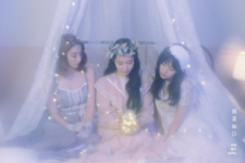 OH MY GIRL Remember Me unit photo teaser (2) Jiho & Binnie & Arin
