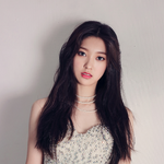 LOONA Choerry debut photo 3