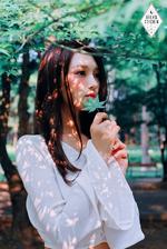 Dreamcatcher Siyeon debut concept photo day ver 2