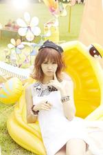 BESTie Hyeyeon Hot Baby concept photo