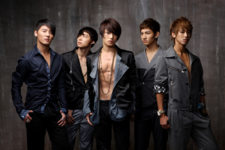 TVXQ Mirotic promotional photo