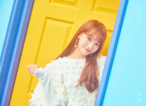 IZONE Kim Chae Won COLORIZ official photo 1