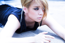 F(x) Amber Red Light promo photo 3