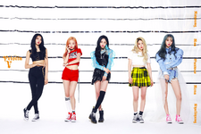 PRISTIN V Like a V group promo photo 2