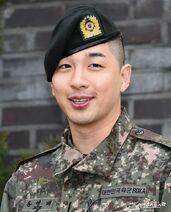 Taeyang en el servicio militar (2019)