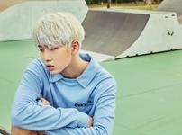 D-CRUNCH Jeong Seung 0806 promo photo