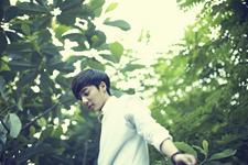 Roy Kim Love Love Love promo photo