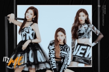ITZY IT'z Me Lia, Yuna & Chaeryeong promo photo