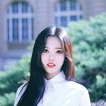 LOONA yyxy Olivia Hye Beauty & The Beat promo photo