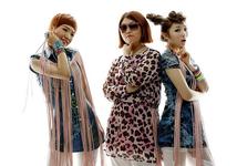 Piggy Dolls Hakuna Matata group promo photo (2)