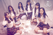 GFriend Snowflake Group Photo