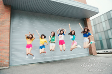 GFriend LOL Group Photo 2
