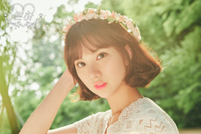 GFriend Eunha LOL photo