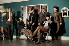 U-KISS Moments group photo