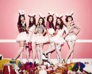 Dalshabet Supa Dupa Diva group photo