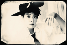 F(x) Amber Pink Tape promotional photo 2