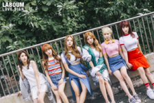 LABOUM Love Sign group photo