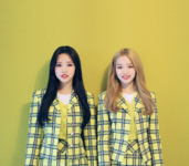 LOONA Olivia Hye and Go Won 1