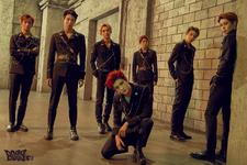NCT U Boss group photo