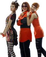 Piggy Dolls Hakuna Matata group promo photo (1)