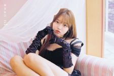 OH MY GIRL YooA Remember Me promo photo (3)