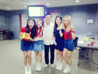 LOONA 1-3 with Psy backstage Fantastic Duo