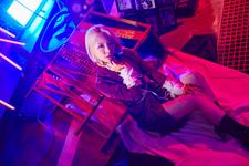 WANNA.B Roeun Leggo promo photo (Unique ver.)