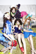 F(x) Electric Shock group photo