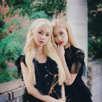 LOONA JinSoul Kim Lip promo photo