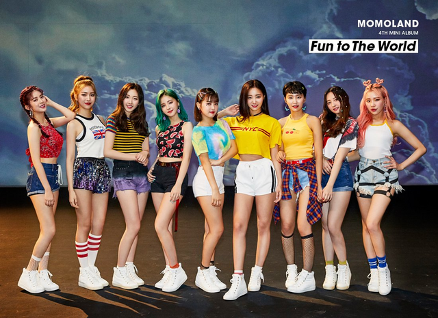 File:MOMOLAND Fun to The World group promo photo 3.png