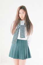 Dayoung Debut
