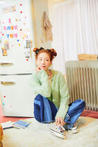 Taeyeon Happy Promo 1