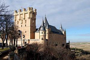 File:300px-Alcazar de Segovia.jpg